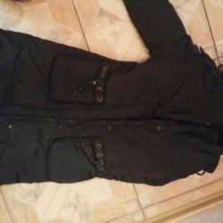 Bir dolgu polyester üzerinde kış ceket
