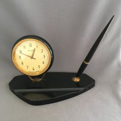 Ceas de masă Agat