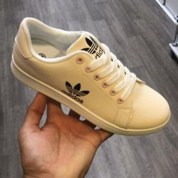 Women's shoes adidad and nike