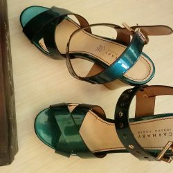 Sandals CARNABY, new