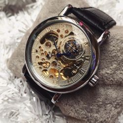 Ανδρικά ρολόγια Νέο! Διαθέσιμο!