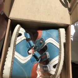 Ortho sandals