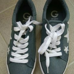 Sneakers new G BY GUESS