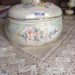 Casket Kislovodsk porcelain