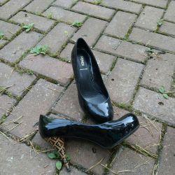 Παπούτσια Ιταλία Fendi