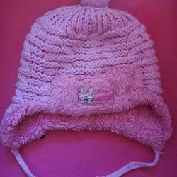 Тeплая зимняя шапка