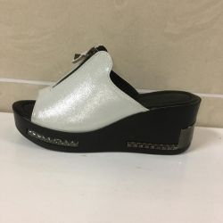 Clogs for women color black and white with a laz.obr. art 771