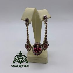 Exclusive set of gold with diamonds