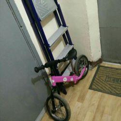 Велосипед безпедальный