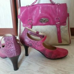 Shoes and bag made of genuine leather snake