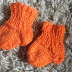Prematüre bir bebek için çorap