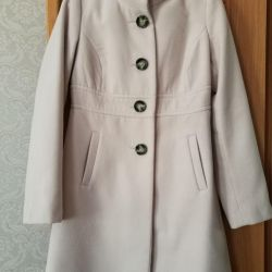Coat for a girl 44R. +