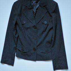 AM Vogue Fitted Black Blazer