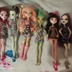 Monster dolls high pack. Original