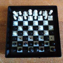 Гра комбінована / шахи, шашки / ЄС 40005