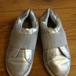 Обувь на девочку демисезон