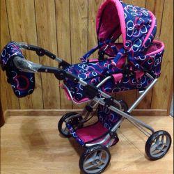 Bebekler için büyük dönüştürme arabası