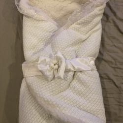 Envelope blanket with hat