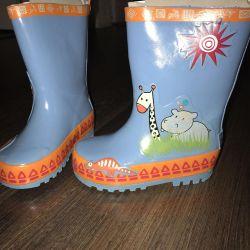 Παιδικές μπότες από καουτσούκ