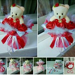 """Bouquets of bears and jars """"100 reasons for love"""""""