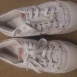 Sneakers 39R. Leather