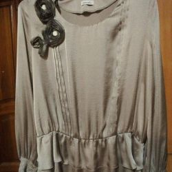 New blouse, size 50