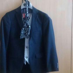 Μπροστά-εξόδου κοστούμι