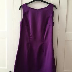 Sleeveless satin dress