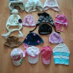 Capace și mănuși pentru fete