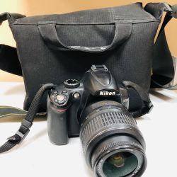 Φωτογραφική μηχανή SLR Nikon D5000