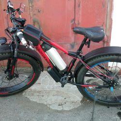 Электо велосипед (Фетбайк