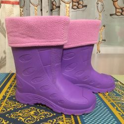 Rubber boots (33-34)