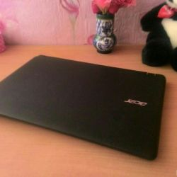 Acer Aspire ES1-523-64AT. yeni