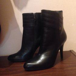 Αστράγαλο μπότες νέα 36 r. Γνήσιο δέρμα