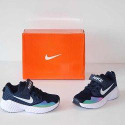 Новые легкие летние кроссовки