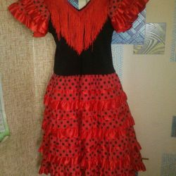 4-9 yıl için elbise