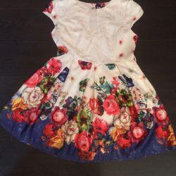 Платье летнее размер 46-48