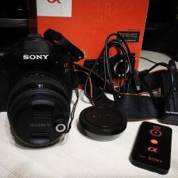 Sony Alpha SLT A77L + φακός + τηλεχειριστήριο