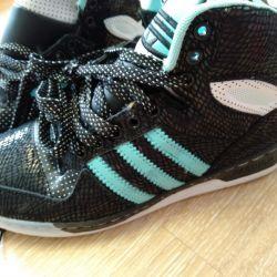 Adidas χειμωνιάτικα πάνινα παπούτσια νέα