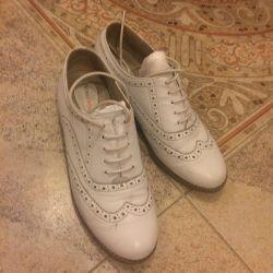 Pantofi Oxford pentru femei
