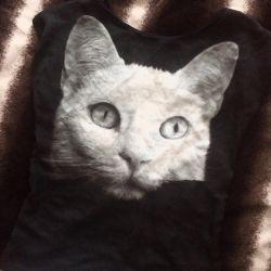 T-shirt blouse