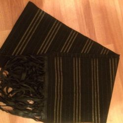 Elegant black stretch scarves with glitter and silk