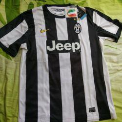 Tricou nou de la Juventus Nike din Italia