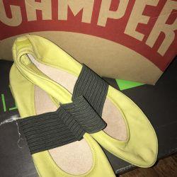 Νέα παπούτσια μπαλέτου Camper