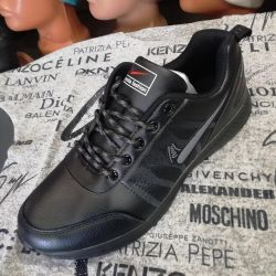 NEW MEN'S SHOES. DIMENSIONS FROM 40 TO46.
