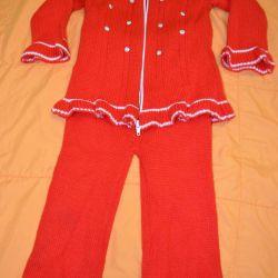 Ζεστό κοστούμι για την κοπέλα του ποταμού 98