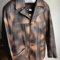 Leather jacket (48 size)
