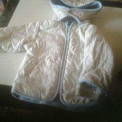 Куртки різних розмірів, темна ветоовка на 3 роки