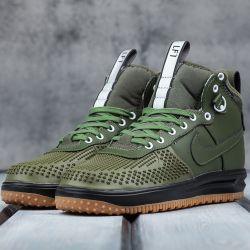 Nike lunar force Size: 40-45