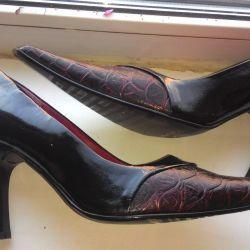 Туфли 40 размер НОВЫЕ